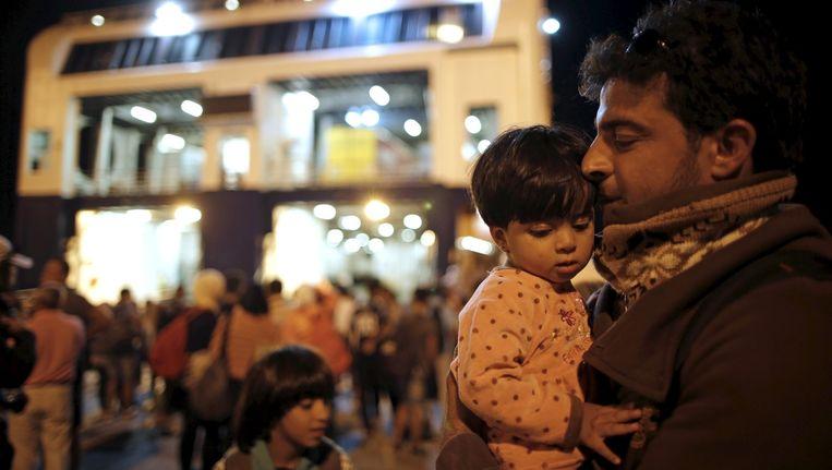 Een Syrische vluchteling bij de ferry die hem van Kos naar Athene bracht.