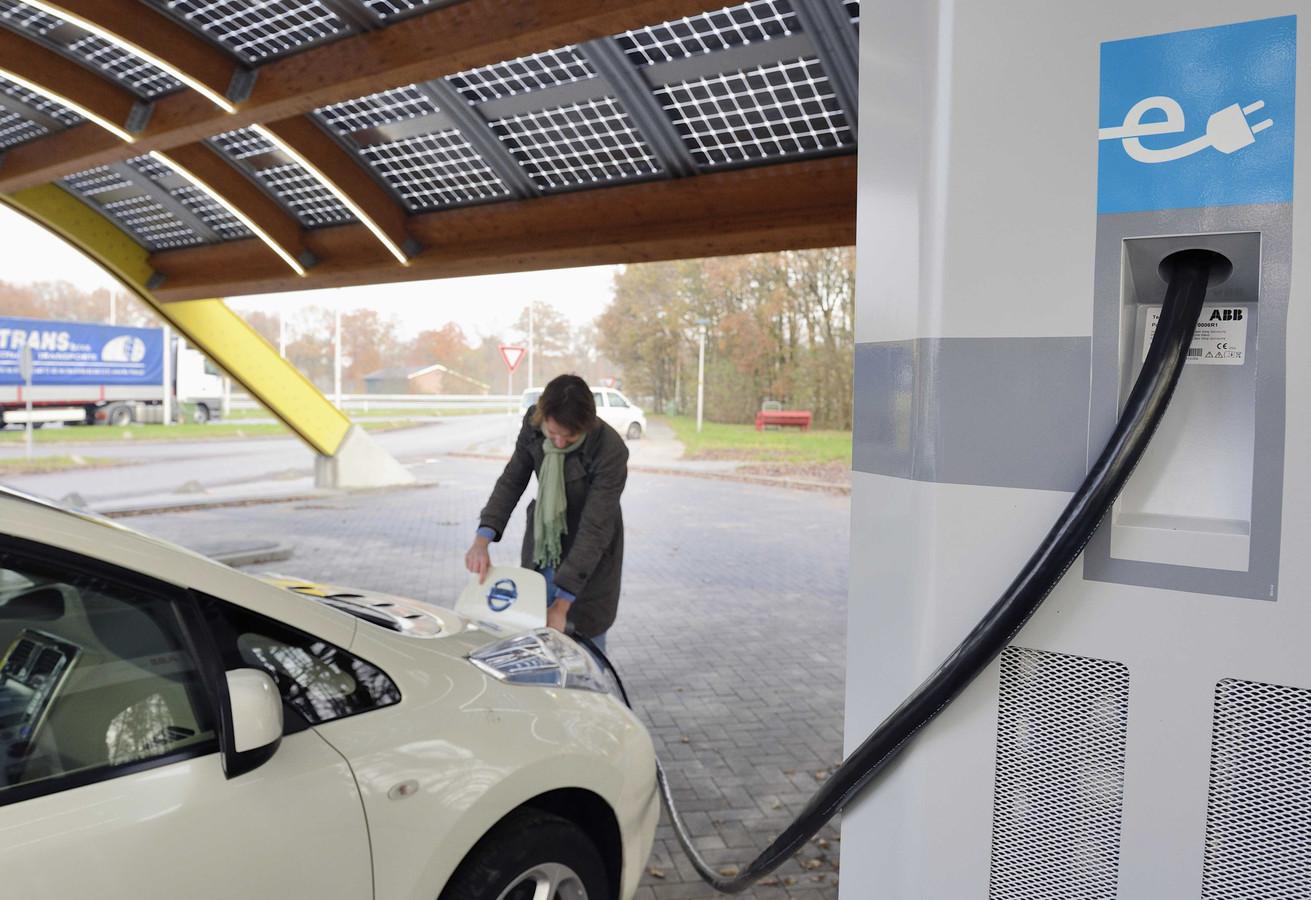 Accu Elektrische Auto Heeft Hekel Aan Kou Vaker Laden Foto Ad Nl