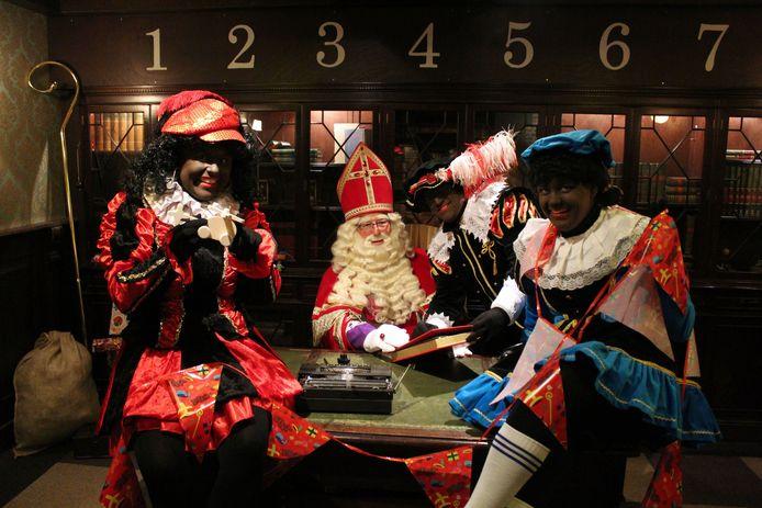 Sinterklaas en zijn pieten.