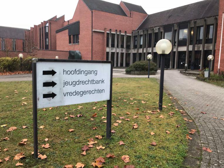De man stond terecht in de rechtbank van Brugge.