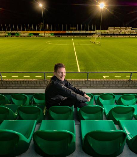 Niek van Dijk, van SC Genemuiden 6 naar debuut in het eerste: 'Er is altijd een weg'