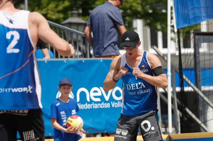 Thijs Nijeboer in actie tijdens de wedstrijd in Heerenveen.