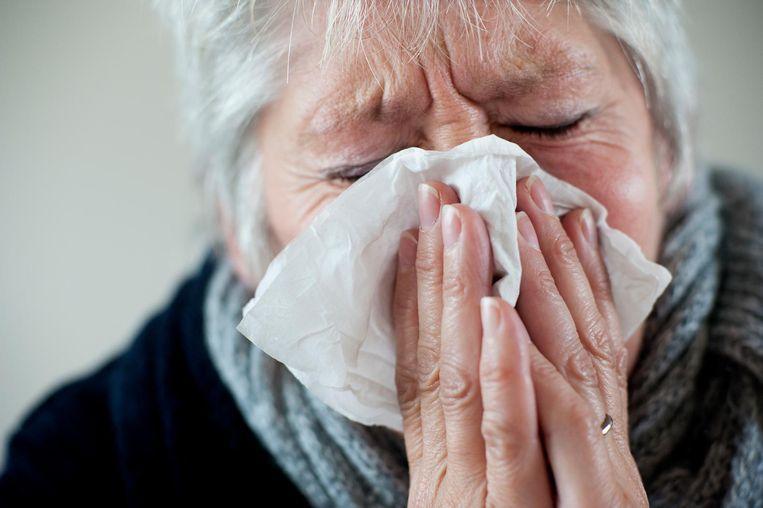 Aerosolen, kleine druppeltjes in de lucht, zijn verspreiders van het griepvirus.