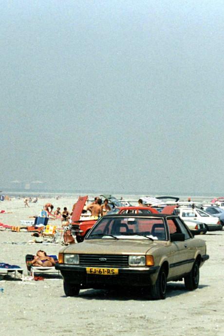 Natuurclubs: Geen auto's op het strand in Oostvoorne