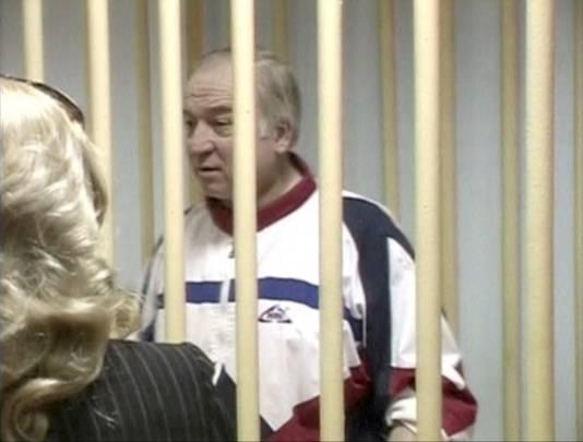 Sergei Skripal tijdens een zitting in een Russische rechtbank in 2006.