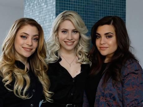 Lisa en Shelley gaan vatbare zus Amy in Kiev beschermen tegen hoesters