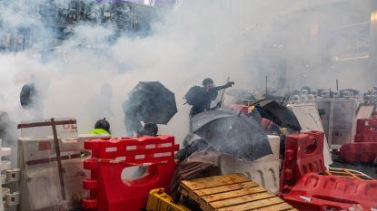 Politie Hongkong raakt slaags met demonstranten: 36 arrestaties, onder wie kind van twaalf