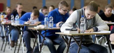 Scholen moeten zelf nieuwe rekentoets maken, en een 4 halen is genoeg