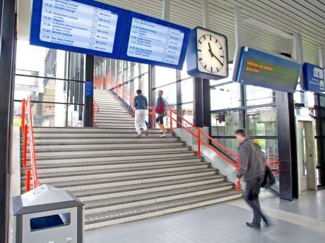 NS-station Woerden krijgt een tweede voorkant