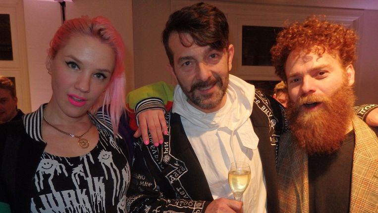 Esther Meijer (Nieuw Jurk, van New York, maar geen jurken verder, vooral unisex kleding), Robert Risteski (creative director Bybrown) en Eric von Robertson, die in X Bank tapijten en art deco glas verkoopt. Beeld Schuim
