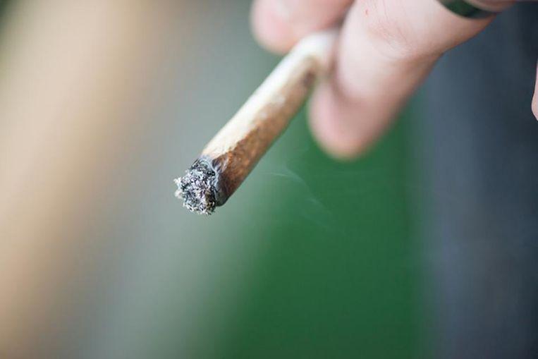 Illustratiebeeld - De bestuurder was onder invloed van cannabis.
