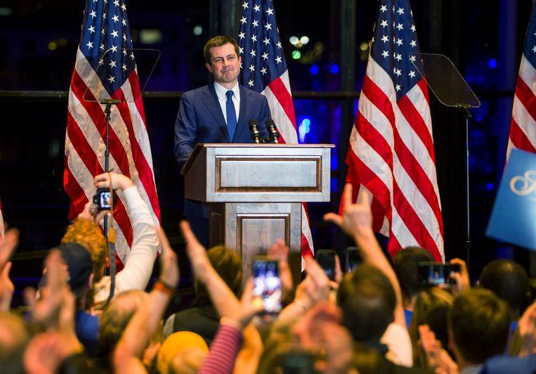 Pete Buttigieg kondigt in zijn thuisstad South Bend aan dat hij zich terugtrekt uit de race om de Democratische nominatie voor het presidentschap.