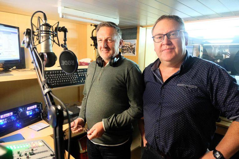 Hendrik Thielemans en Benny Deckers van Radio Apollo.