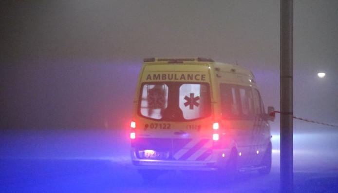Een ambulance in de nacht. Beeld ter illustratie.