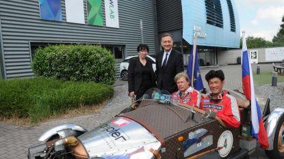 Ambassadeurs rijden rally met oldtimers