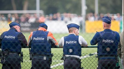 Slechts 75 Mechelen-supporters dagen op