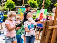 Van kartonnen luchtkasteel naar graffitikunstwerk