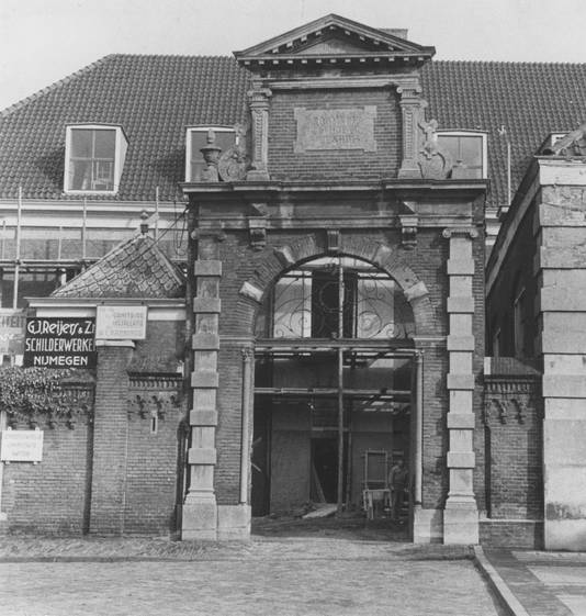 Het Rooms Katholiek Weeshuis op de Hessenberg, 1954.
