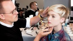 Paris Fashion Week: backstage beauty bij Dior