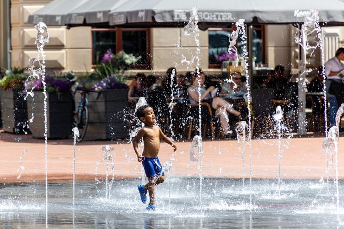 Waterpret met de fontein in het centrum van Steenwijk.