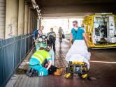 Scooterrijdster naar ziekenhuis na botsing met stuntende fietser in Eindhoven