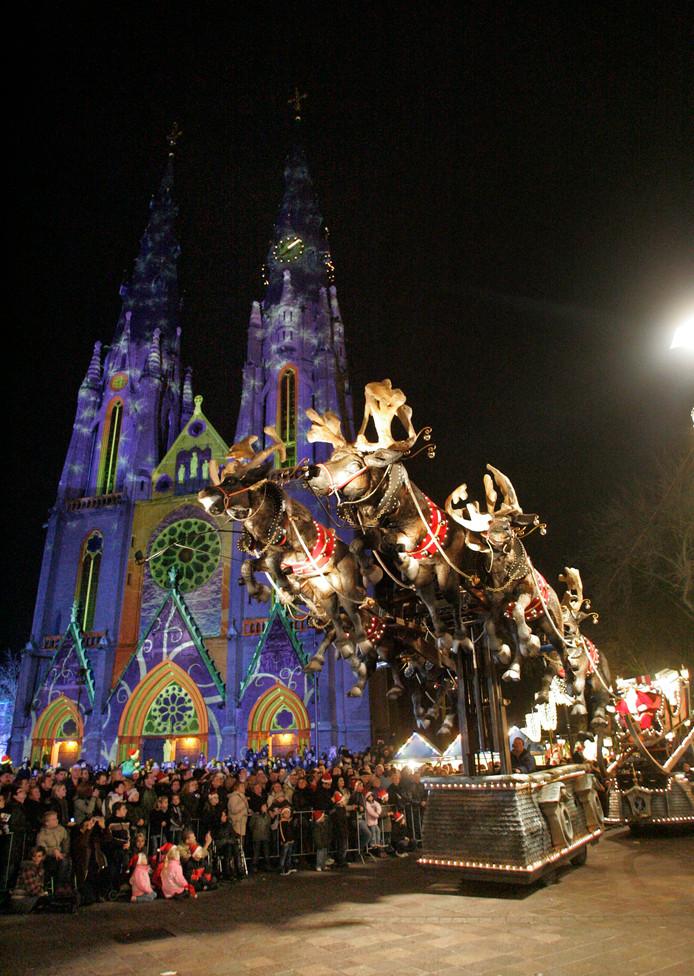 De SBS Kerstparade reed in 2008 ook al door Eindhoven