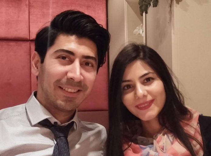 Parisa Rahnamay Moshtagh en haar man Masoud Dorosti