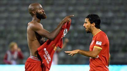 Mbokani en Lamkel Zé helpen Antwerp niet met dom rood: lelijke exit
