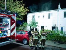 Bewoner gewond naar ziekenhuis na keukenbrand in Tilburg