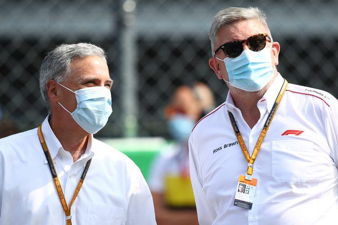 Formule 1-bazen Chase Carey (l) en Ross Brawn, afgelopen weekend op Monza.