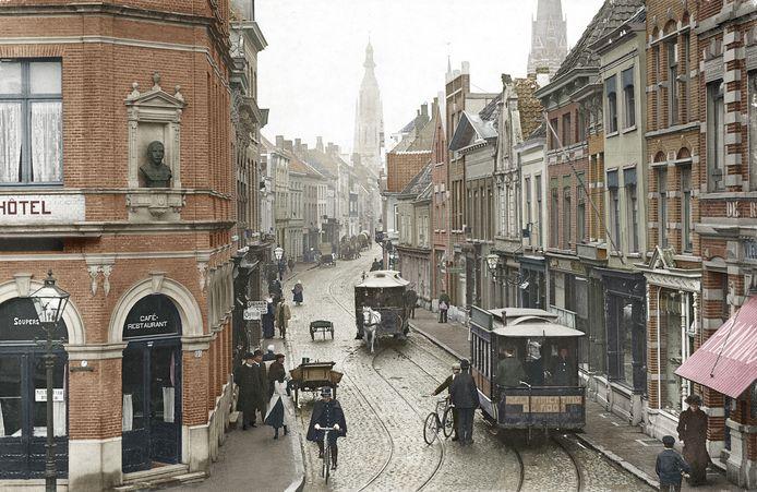 De Ginnekenstraat in 1908, gezien vanaf het Van Coothplein, dat tot 1892 het Wapenplein heette.