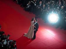 Cannes bant selfies door sterren op rode loper