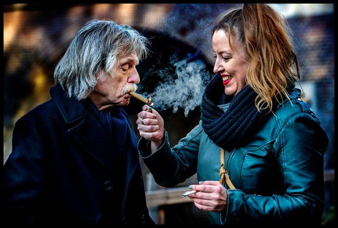 Derksen met zijn dochter Marieke in Utrecht.