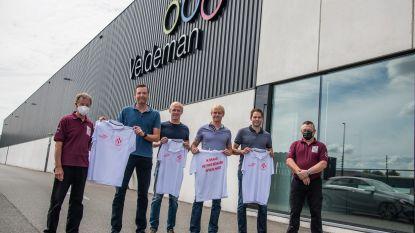 Pijnders tonen nu ook op T-shirt dat ze Ros Beiaard in hun hart dragen, dankzij gewezen Heemskinderen Veldeman
