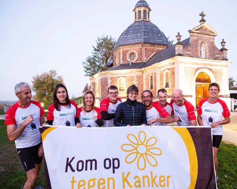 De zondagslopers van Boelare nemen deel aan de 100 km van Kom op Tegen Kanker.