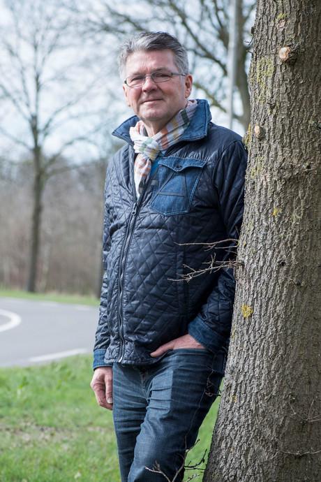 Bertus uit Vriezenveen ontsnapte in auto aan de dood: 'Bomen zijn moordenaars'