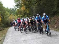 LIVE | Kuss neemt bergtrui virtueel over van Wellens, Valverde in kopgroep