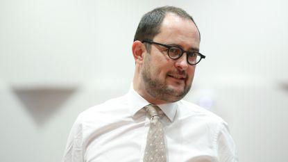 Van Quickenborne kiest voor Kortrijk en wil zichzelf opvolgen als burgemeester