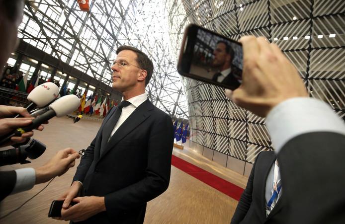 Mark Rutte ontmoet vandaag in Brussel de leiders van 26 andere EU-lidstaten voor uiterst moeilijke gesprekken over de Europese meerjarenbegroting 2021/2027.