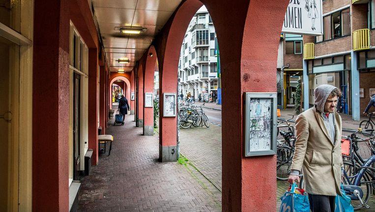 Het convenant moet ervoor zorgen dat het brede aanbod voor toerist en bewoner in de Sint Antoniesbreestraat behouden blijft Beeld Jean-Pierre Jans