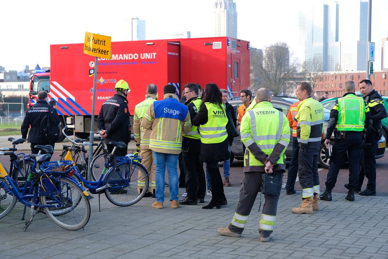 De hulpdiensten rukten massaal uit voor het incident.