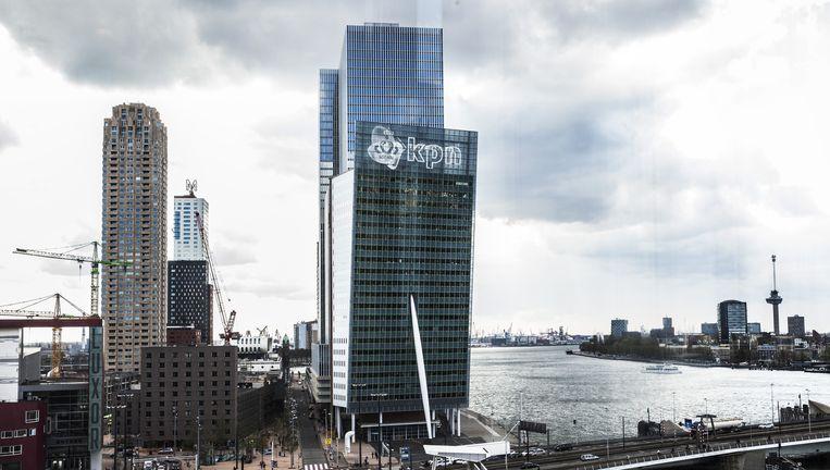 Het KPN-gebouw aan de voet van de Erasmusbrug in Rotterdam, het toekomstige hoofdkantoor. Beeld null