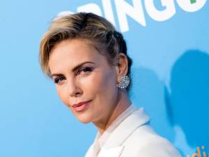 Le nouveau look surprenant de Charlize Theron