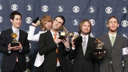 Na beschuldigingen van huiselijk geweld: bassist stapt uit Maroon 5