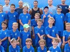 En vacances en Grèce, Eden Hazard n'a pas oublié... Chelsea