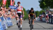 Mathieu van der Poel sprint sneller dan Gilbert en Van Aert in tweede rit Baloise Belgium Tour