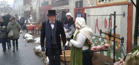 Deugd en ondeugd, samengebald op een paar vierkante meter bij het Dickens Festijn in Drunen