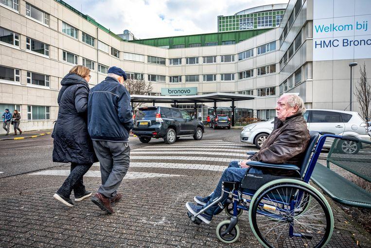 Het Bronovo-ziekenhuis in Den Haag. Beeld Raymond Rutting / de Volkskrant