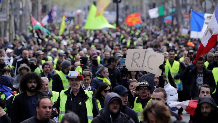 Protest van de gele hesjes in Parijs Beeld ANP