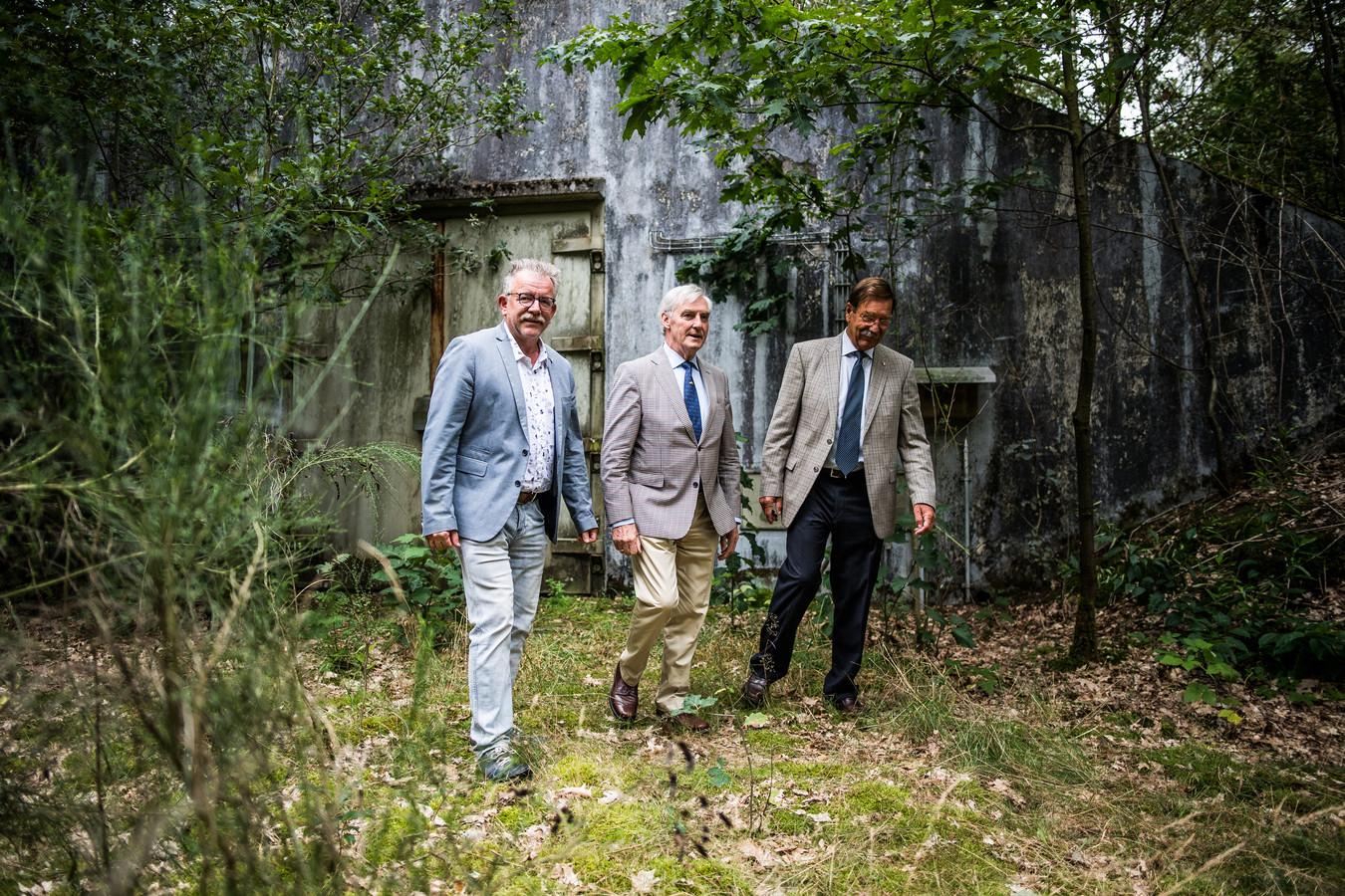 Landgoed Vrijland in Schaarsbergen, bij Arnhem, lijkt wel een goed bewaard geheim. Het terrein ligt officieel aan de Koningsweg, maar de toegang is aan de Hoenderloseweg.